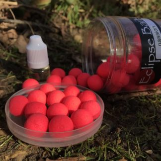 Eclipse Baits passion fruit wafters with booster liquid